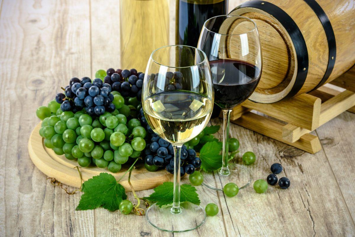 Госдума приняла закон о повышении акцизов на вина